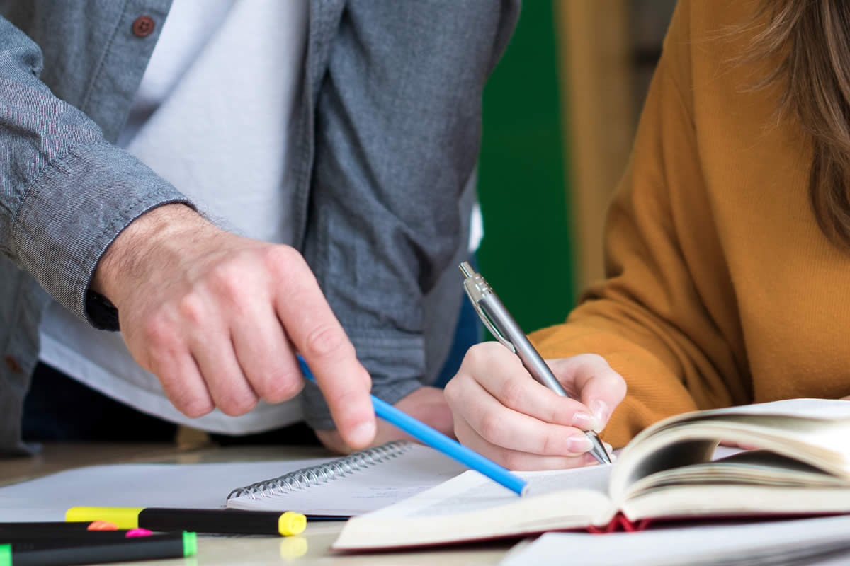 Why Students Should Enroll in Test Prep Tutoring